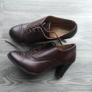 Vintage inspired oxfords